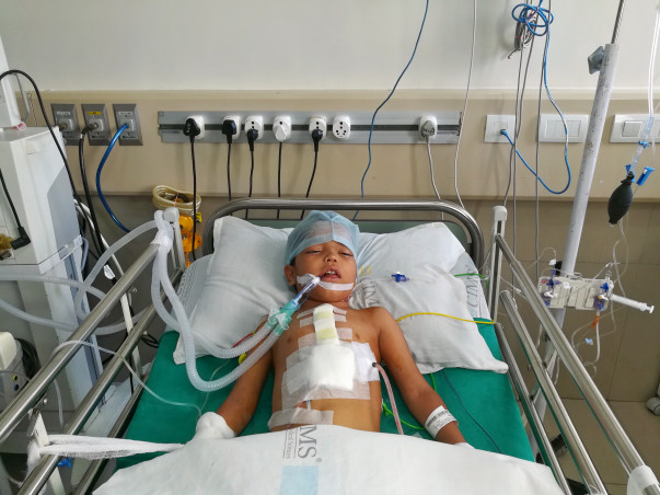 Siddharth Needs A Surgery To Help His Heart Pump Blood. Help Him Live!