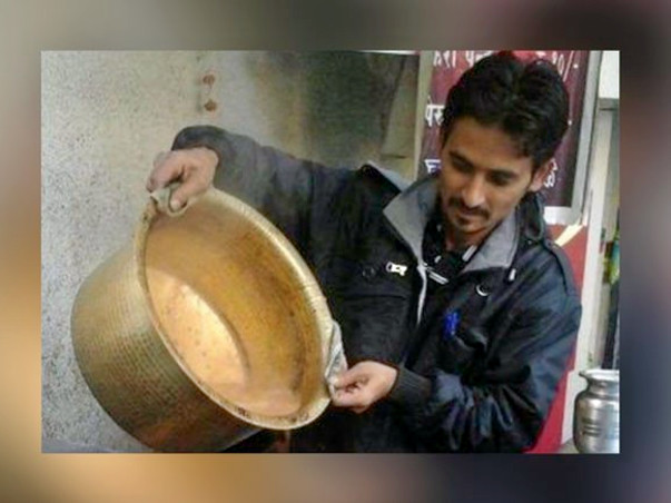 This Chai Walla Turned CA Needs Your Help To Get Back On His Feet