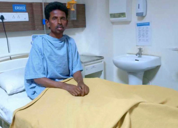 This Daily-Wage Worker Sold His House For His Cancer Treatment