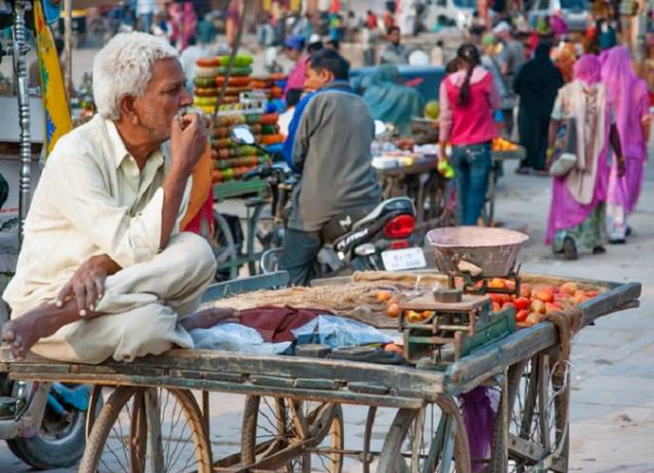 How about we Be Po-Lite This Diwali - Help Me Empower a Street Vendors