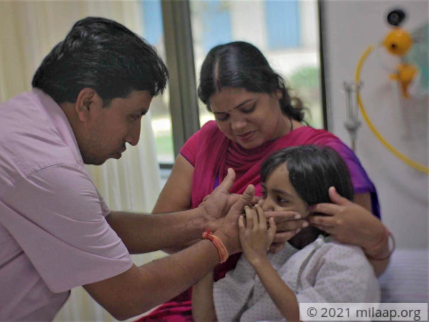 6-year-old Battles Two Fatal Diseases And Her Father Cannot Save Her