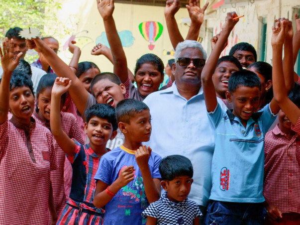 Contribute To The Selfless Vision Of This Visually Impaired Professor
