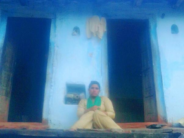 Help Divyang Manisha Get Necessities Of Life