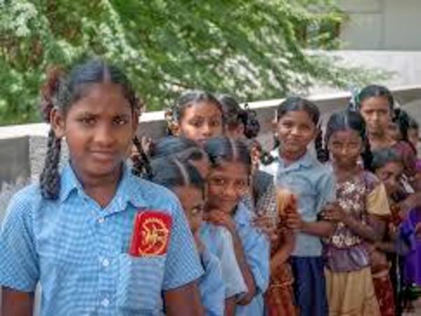 Support School Kids Attain Their Dreams