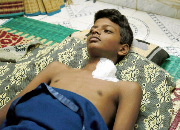 Help 14-year-old Roshan suffering from end stage kidney disease