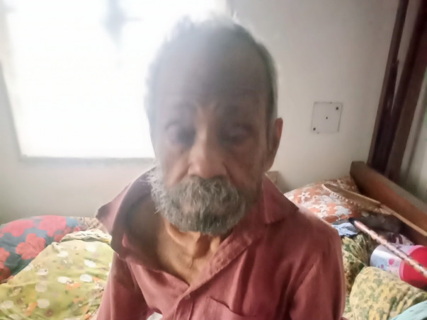 Help a fully dependent 90 years old handicapped and bedridden patient