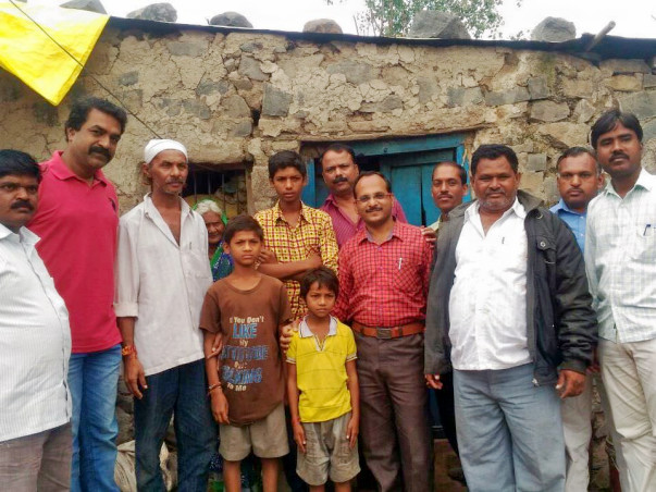 Help to provide a roof for children affected from farmers suicides