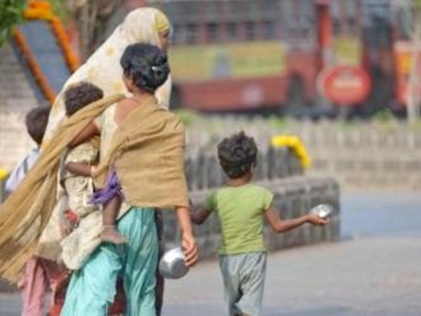 Spread Love by donating the needy with a lunch box