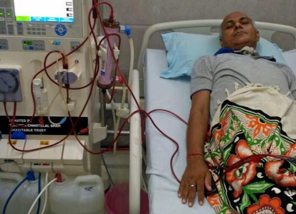 Help Gulab Pandey To Undergo Kidney Transplant